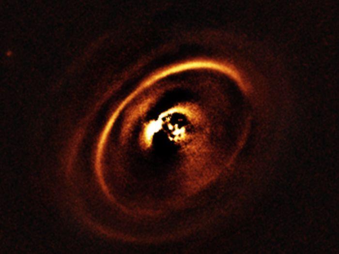 RX J1615 osservata con VLT-Very Large Telescope dell'ESO. Crediti: ESO
